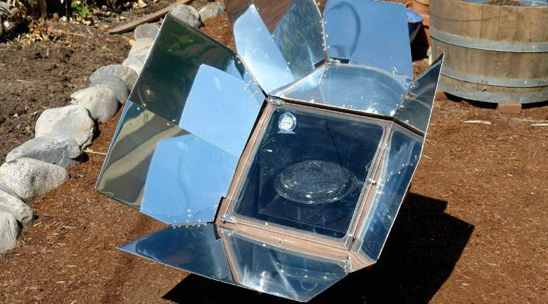 Making a Solar Cooker (For Guardians)